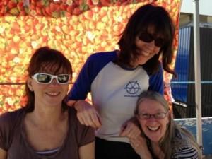 Happy Mondays shore support team! Women's Head 2014