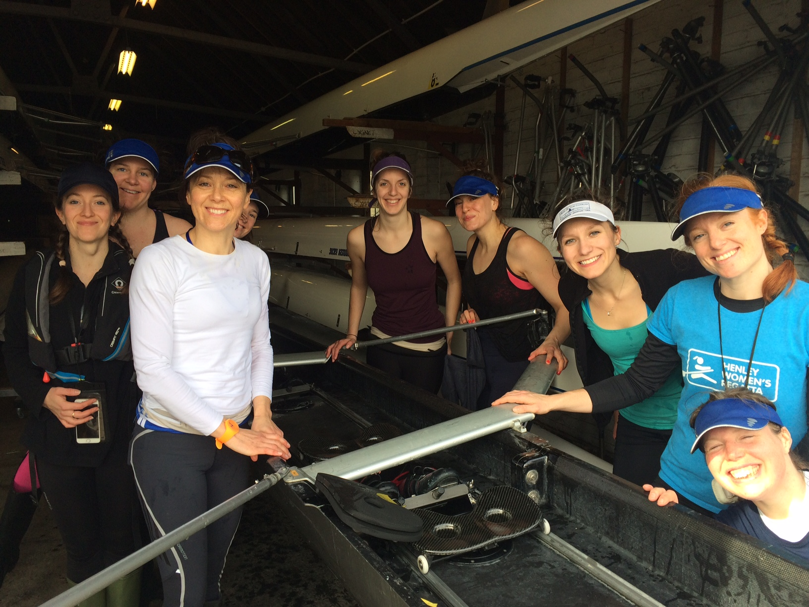 Rowing with the Barnes Bridge Ladies – a true story