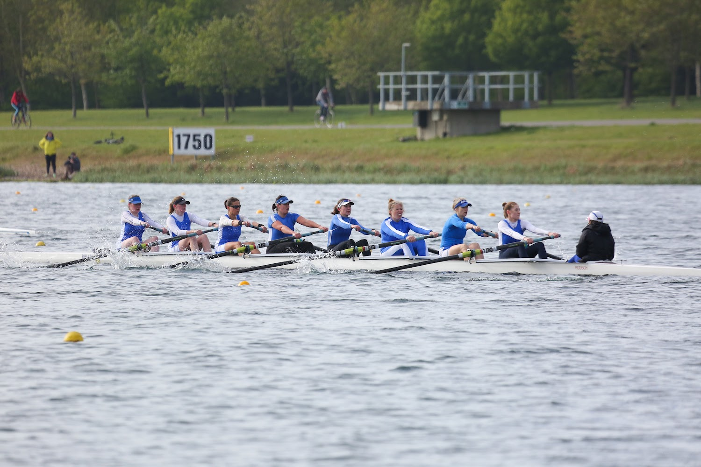 Barnes Bridge Ladies Rowing Club